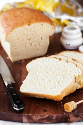 Hot bread breakfast basket