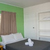 Colonial Court beachfront motel & holiday stay