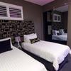 Room 06 King Room