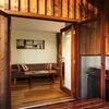 Deluxe Honeybee Cottage