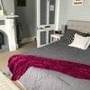 Oak Room – Queen Bed – Sleeps 2