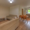 2 Bedroom Unit - Queen & 2 Single Beds - 1 night only