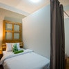 Private Single Bed in Triple Room (Internal Shared Bathroom) with Breakfast