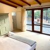 Standard King Lodge Room: RO