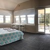 LARGE FAMILY w ensuite