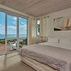 Ocean View Suite - Calla Lily