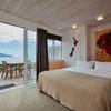 Ocean View Room - Poppy Flower