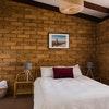 Superior Brick 2 Bedroom Cottage - Non Refundable