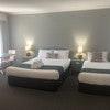 Executive Spa Suite + 1 - Queen Room
