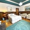 Waratah Room - Queen Bed - Sleeps 2