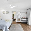 Suite 1: 1 Night - King/Twin Suite + Living room/Double Sofa, Mapleton