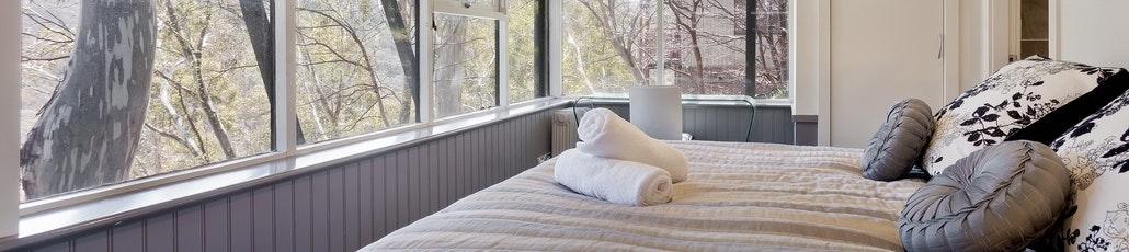 Bed 2 1 sm